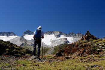 macizo-de-las-maladetas-glaciar-pirineos