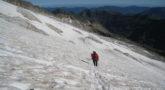 Montañeros en el glaciar del Aneto