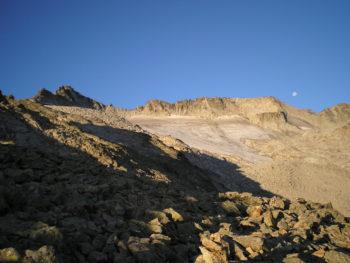 ruta norte-glaciar-maladeta-montaña-segura