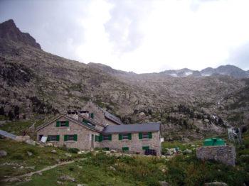refugio-la renclusa-montaña-segura