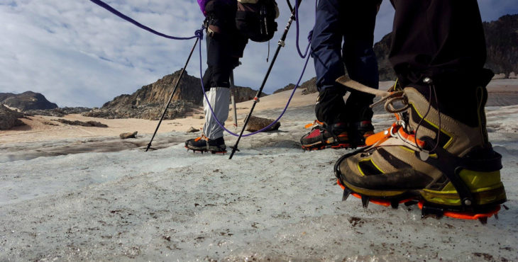 Crampones sobre el hielo del Glaciar del Aneto el 1/8/2017. Maspirineo